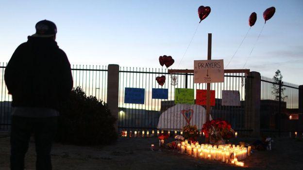 Memorial near scene of shooting in San Bernardino. 4 Dec 2015