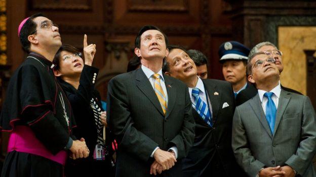 2014年7月2日,台灣總統馬英九訪問薩爾瓦多時參觀薩京大教堂。