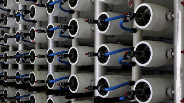 Tubos con filtros que contienen membranas
