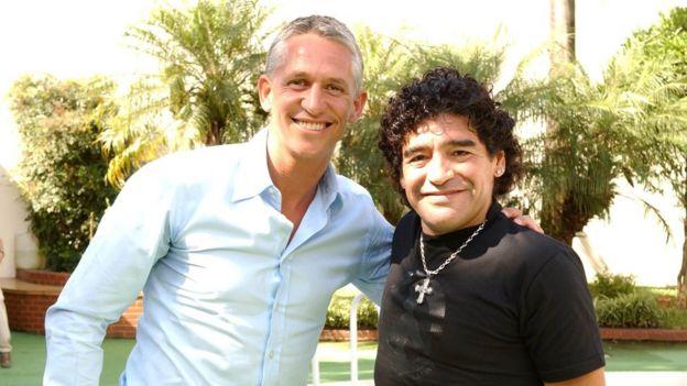 Gary Lineker y Diego Maradona, en 2006