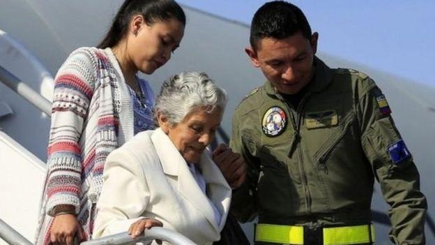 Kolombiya'da 52 yıllık savaşı resmen bitiren anlaşma imzalandı-1