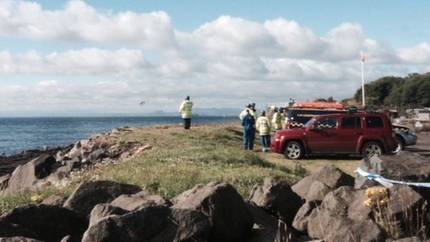 A search has resumed of the shoreline at East Wemyss and the area where the boat was found