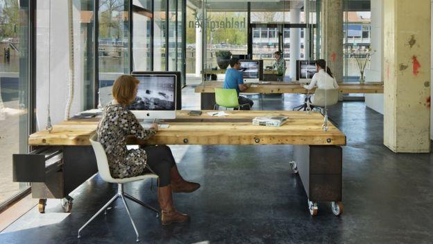 Así lucen las oficinas de Heldergroen durante el día.