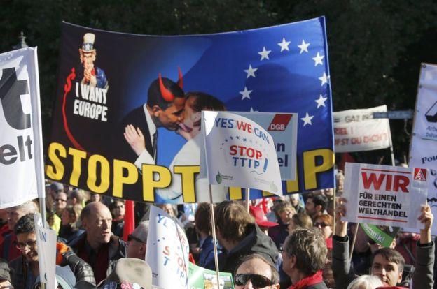 Anti-TTIP rally in Berlin, 10 Oct 15