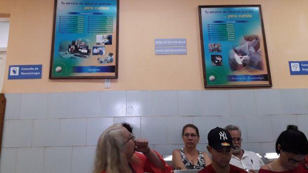 Sala de espera en el Calixto García
