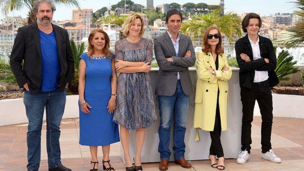 El director Samuel Benchetrit y los actores de Asphalte.