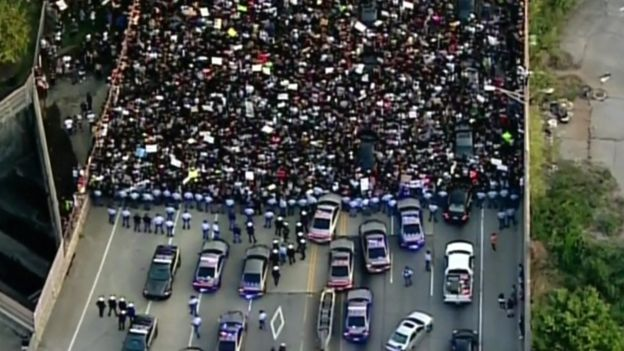 A mass protest blocked roads in Atlanta, Georgia, but was peaceful, 8 July