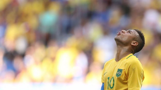 Neymar até agora decepcionou na Olimpíada - dentro e fora de campo
