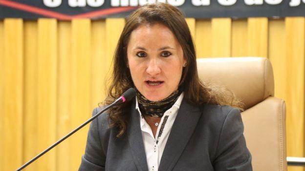 A professora Flávia Piovesan em evento na Enamat