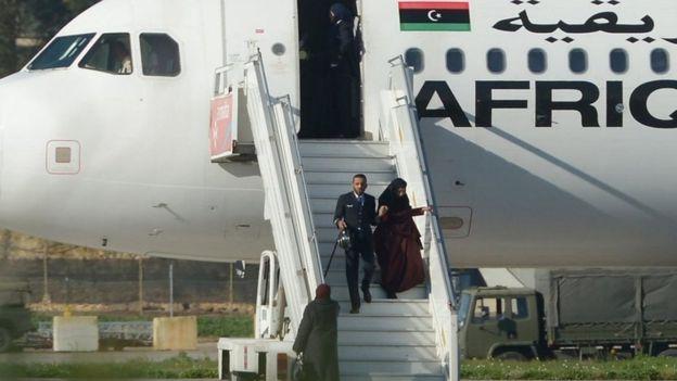 """حادث اختطاف الطائرة الليبية يقطع تصوير فيلم حول """"عملية عنتيبي"""""""