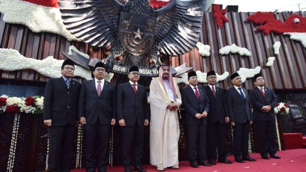 الملك سلمان في إندونيسيا