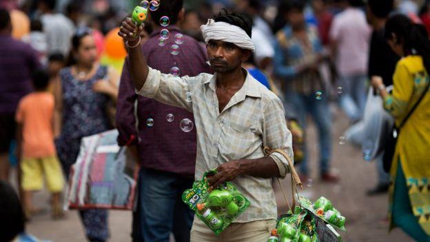 Na Índia, é costume pagar suborno para tudo