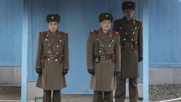 North Korean border guards at Panmunjon truce village (3 March 2016)