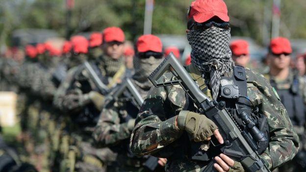 Para entrevistados, treinamento militar tem humilhação como tônica central