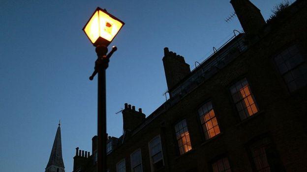 Luz en calle de Londres