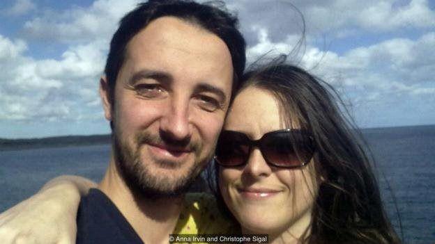 Christophe Sigal və Anna İrvin deyirlər ki, dilin öyrənilməsi daimi müzakirələrlə müşayiət olunur