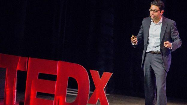 TED konuşmaları 100'den fazla dile çevriliyor ve internet üzerinden izlenme sayısı bir milyarı aşmış bulunuyor.