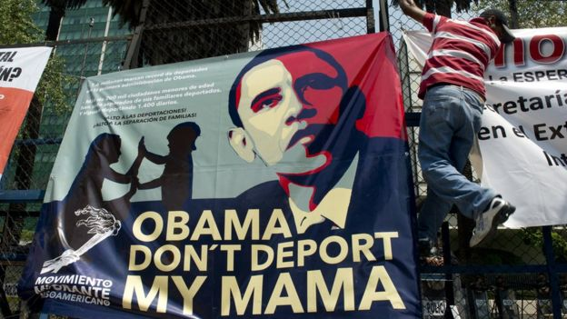 Afiche sobre Barack Obama y sus deportaciones.