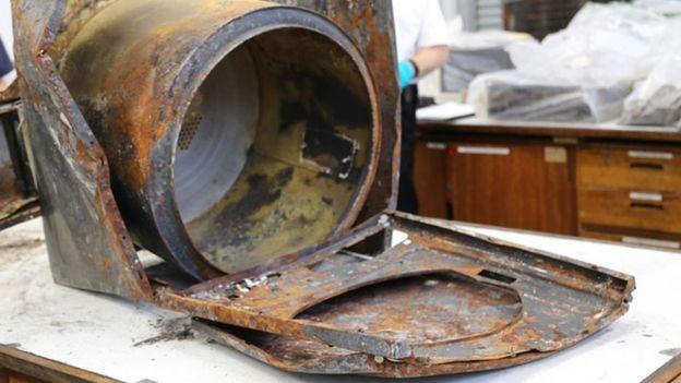 Secadora Whirlpool incendiada.