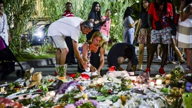 Tributes to Nice victims on promenade