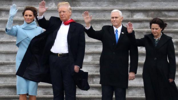 Donald Trump, Melania Trump, Mike Pence y su esposa