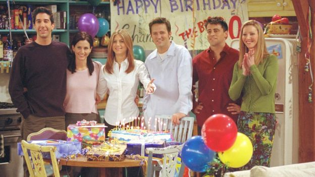 Jennifer Aniston junto al resto del elenco de Friends