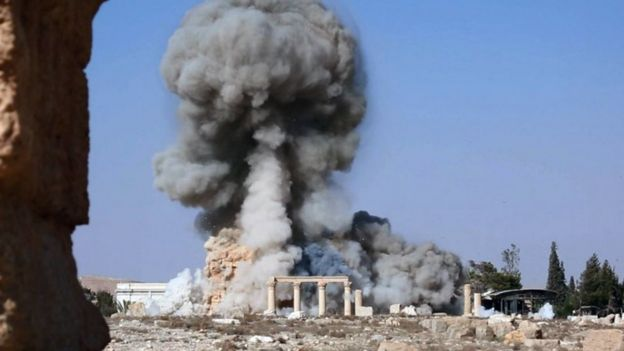 Still of video purportedly showing Islamic State militants blow up the Temple of Baalshamin at Palmyra (25 August 2015)