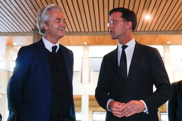 Geert Wilders (solda) ve Mark Rutte (sağda)
