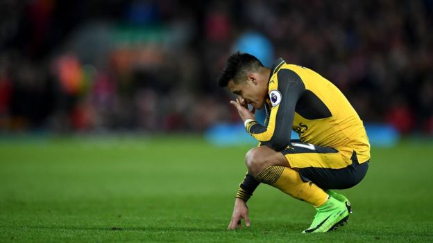 Alexis al final del partido