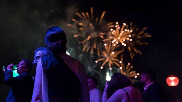 Сидней встретил 2017 год фейерверками над гаванью