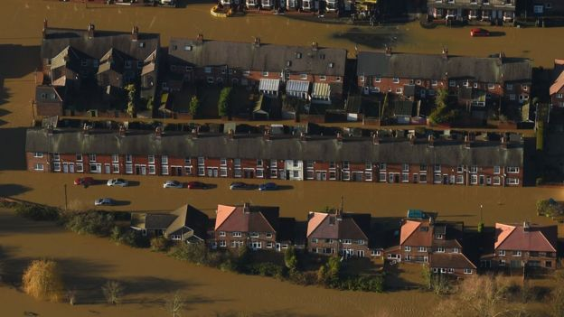 Huntingdon Road and Yearsley Crescent in York covered by floodwater on 27 December 2015