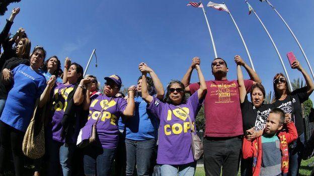 مهاجران عضو کمیته آموزش سیاسی در لسآنجلس