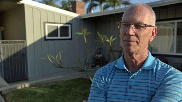 Jerry Maiques, vecino de Roger Curry en un suburbio de Los Ángeles, EE.UU.
