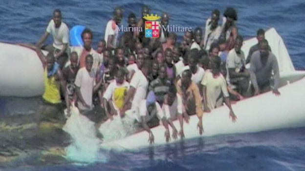Migrant rescue by Italian Navy on 11 August 2015