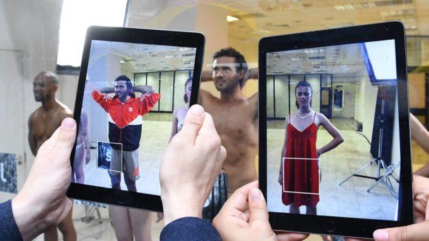 La realidad aumentada puede tener aplicaciones en el mundo de la moda.