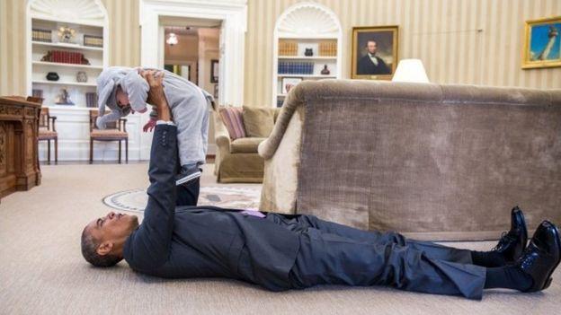 Obama com um bebê
