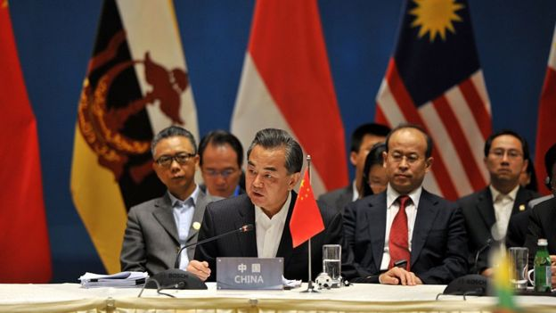 Chinese Foreign Minister Wang Yi (2nd L) and foreign ministers from ASEAN-member nations attend a special ASEAN-China foreign ministers' meeting in Yuxi