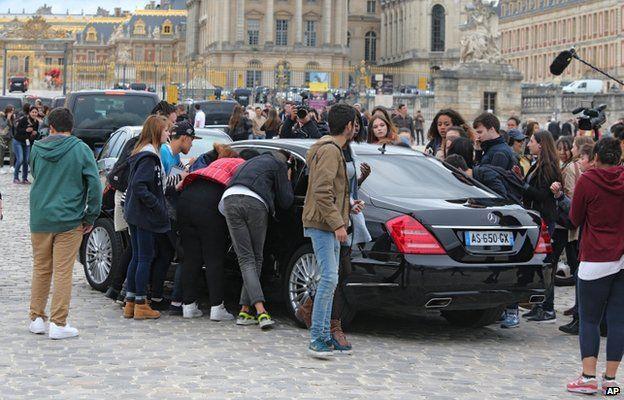 Fans outside the Chateau de Versailles