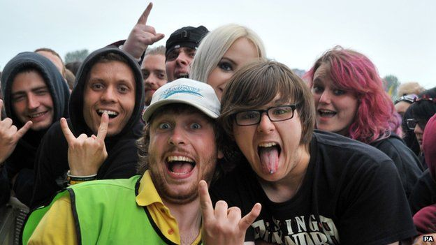 Crowds at Download