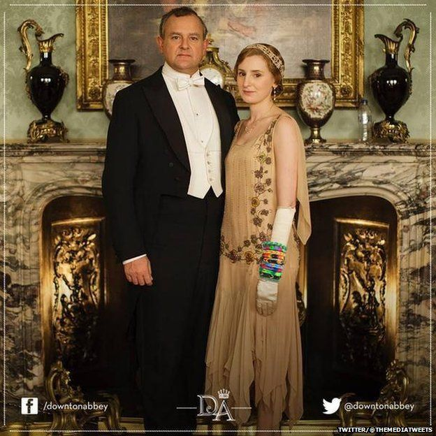 The Early of Grantham and Lady Edith who is wearing loom bands
