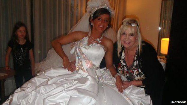 Big Fat Gypsy Wedding designer gets compensation payout - BBC Newsbeat