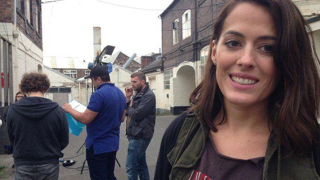 Ella On The Run and film crew