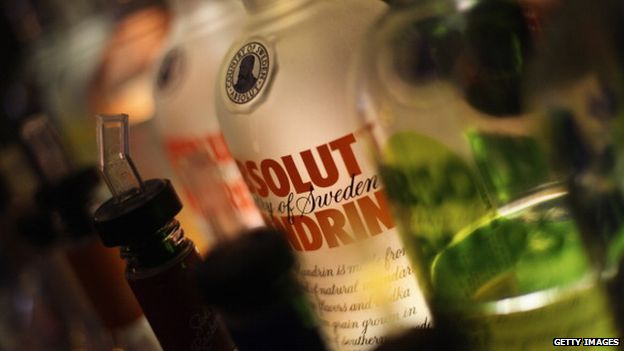 The science of alcohol: How booze affects your body - BBC