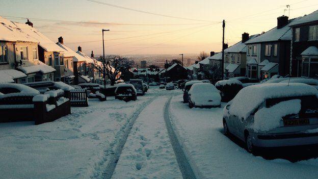 Snowy street in Sheffield