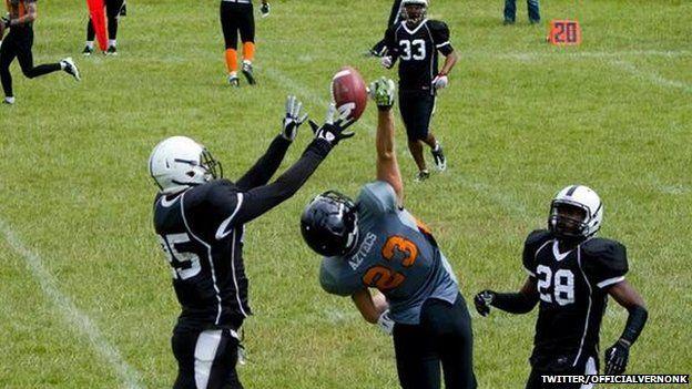 Vernon Kay playing American Football