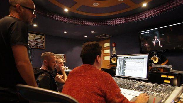 zane lowe in the studio