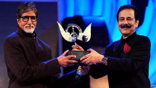 Subrata Roy (right) with Bollywood superstar Amitabh Bachchan