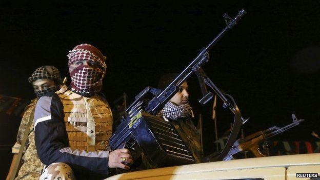 Miembros de una milicia en Benghazi