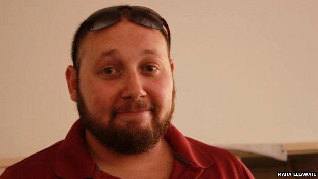 http://ichef.bbci.co.uk/news/624/media/images/77357000/jpg/_77357879_sotloff-1.jpg