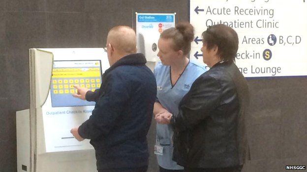 The first outpatients have gone through self checking in at the new hospital